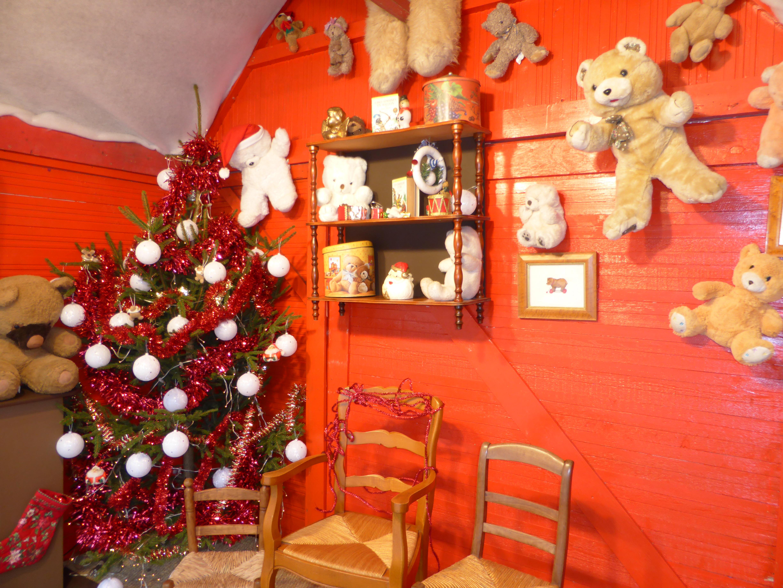 La Maison Du Pere Noel.Samedi 26 Décembre Le Père Noël Est Dans Sa Maison
